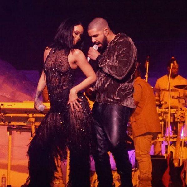 Drake by Rihanna's side at VMAs?
