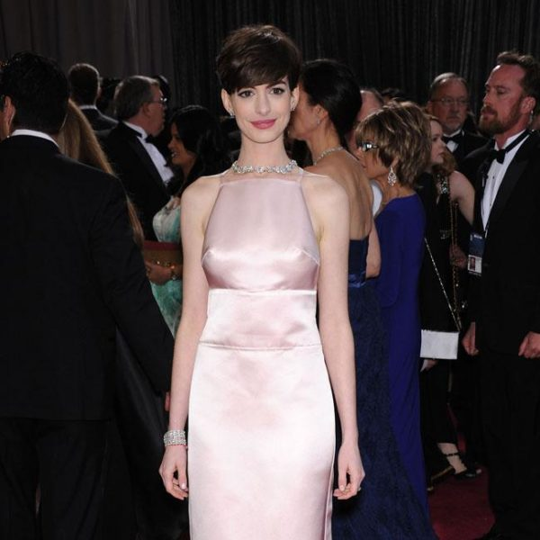 Anne Hathaway: Pregnancy improved my acting